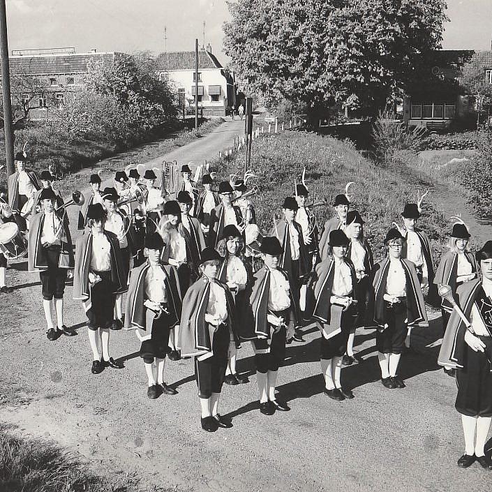 Jeugd Verkeers Brigade | KTK | Kampen | archief | historie | oude foto's | DJT | Jong KTK | Eerste uniform