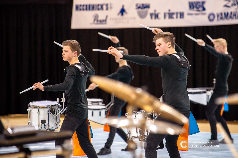 WGI Almere Percussion indoor succes met beleving voor Jong Kamper Trompetter Korps - Kampen | Eventfotografie - Fotografiecor.nl